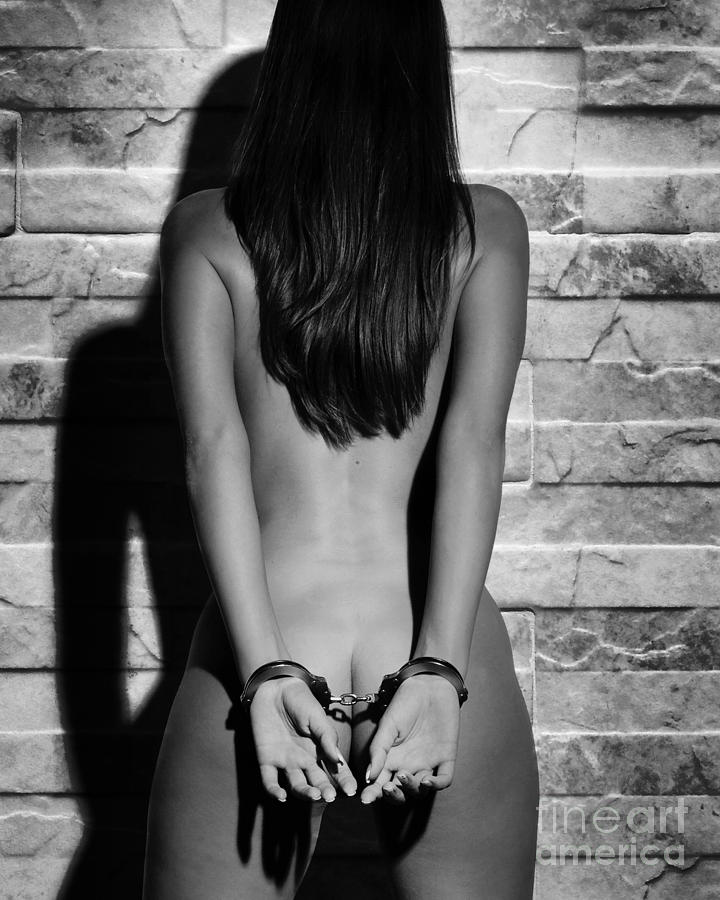 naked-woman-that-is-handcuffed
